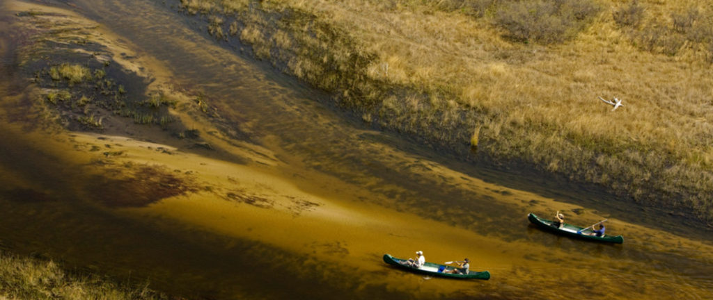 Canoeing Selinda Explorers Camp