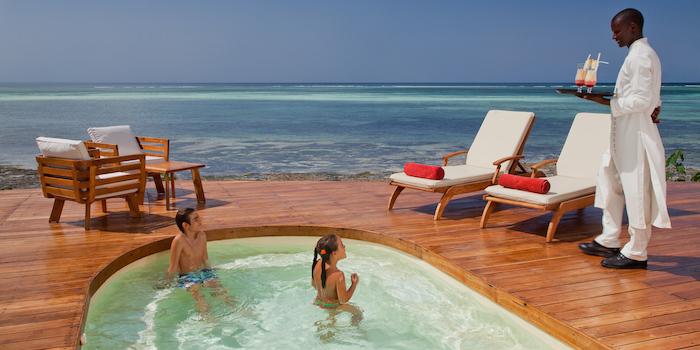 ESSQUE ZALU Zanzibar pool