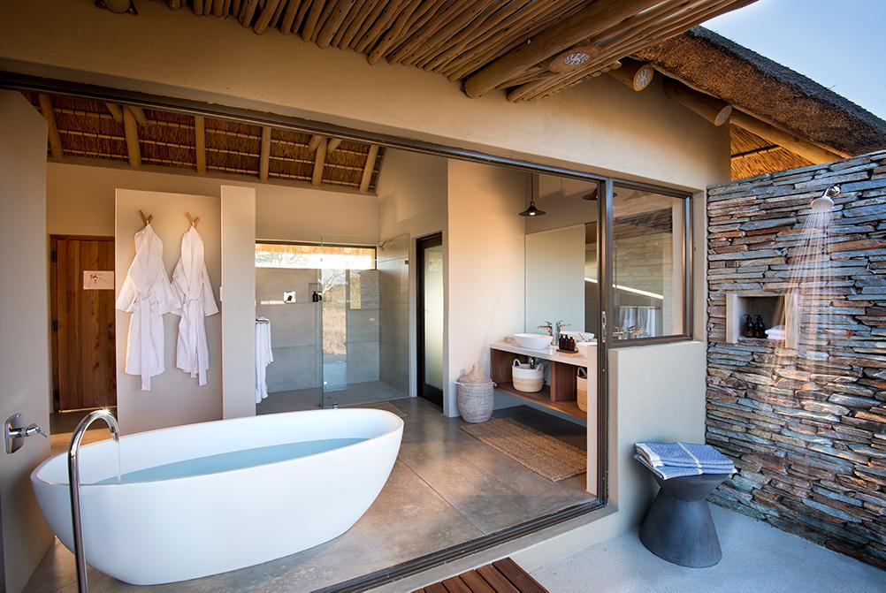 Rock Fig Safari Lodge Timbervati Bathroom 2