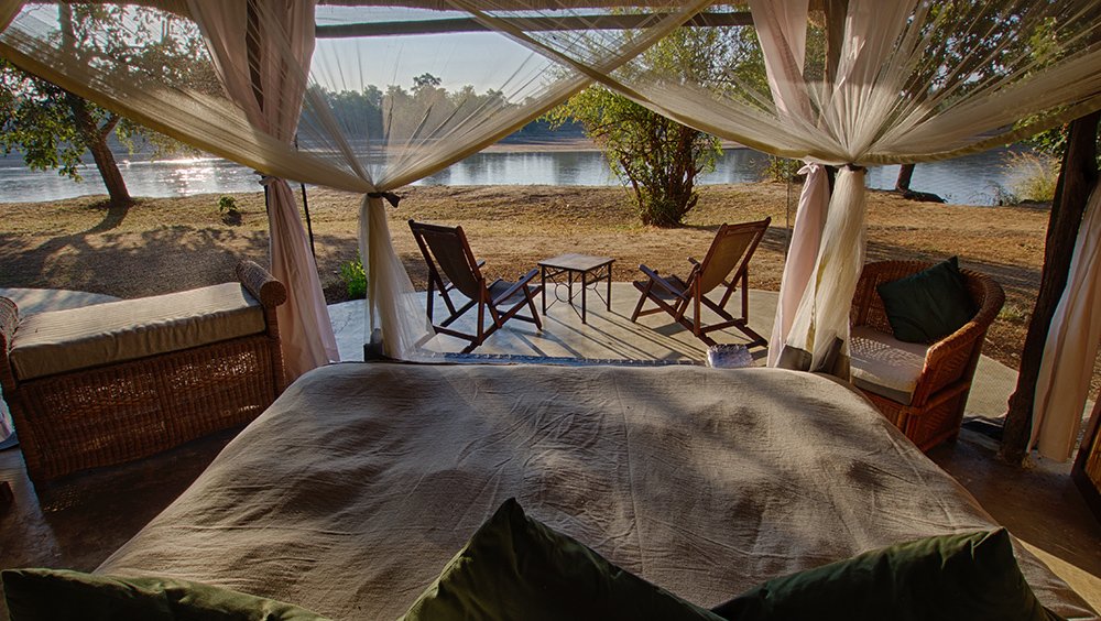 Mchenja Zambia South Luangwa - The style and comfort of the suites make you feel like an early explorer on an authentic safari